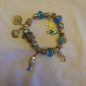 Jewelry - Beach charm bracelet